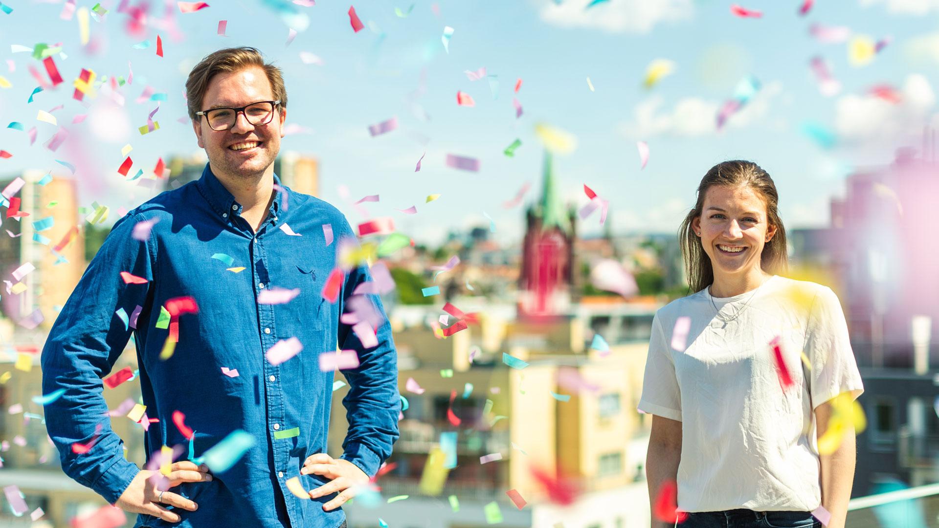 Ole Fredrik og June i et dryss av konfetti